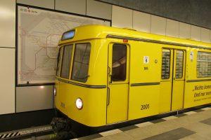 metro-2902639_1920